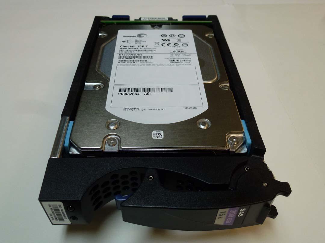 EMC V3-VS15-300